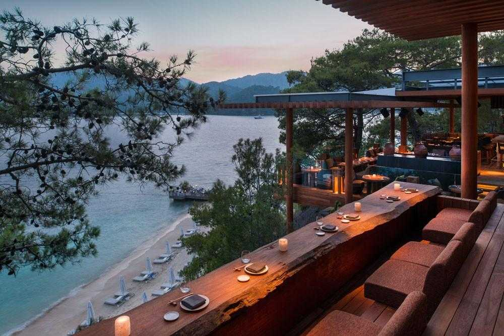 D RESORT GOCEK Q LOUNGE