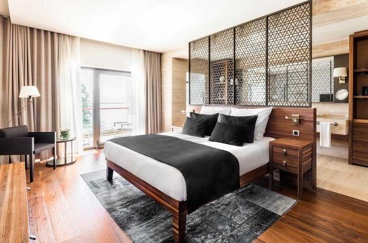 D-Maris-Bay-Deluxe-Room