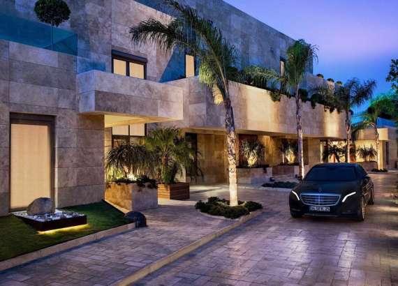 Crown Villa