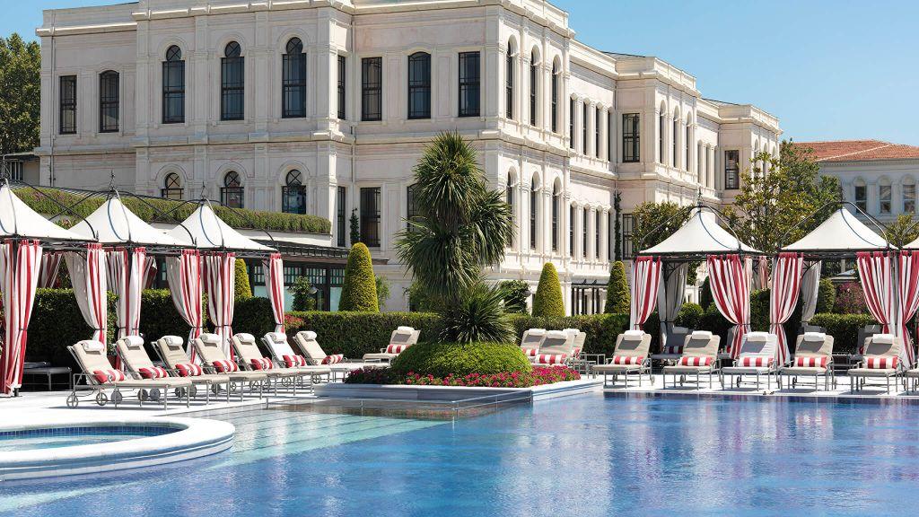 Four Seasons Hotel Istanbul at the Bosphorus