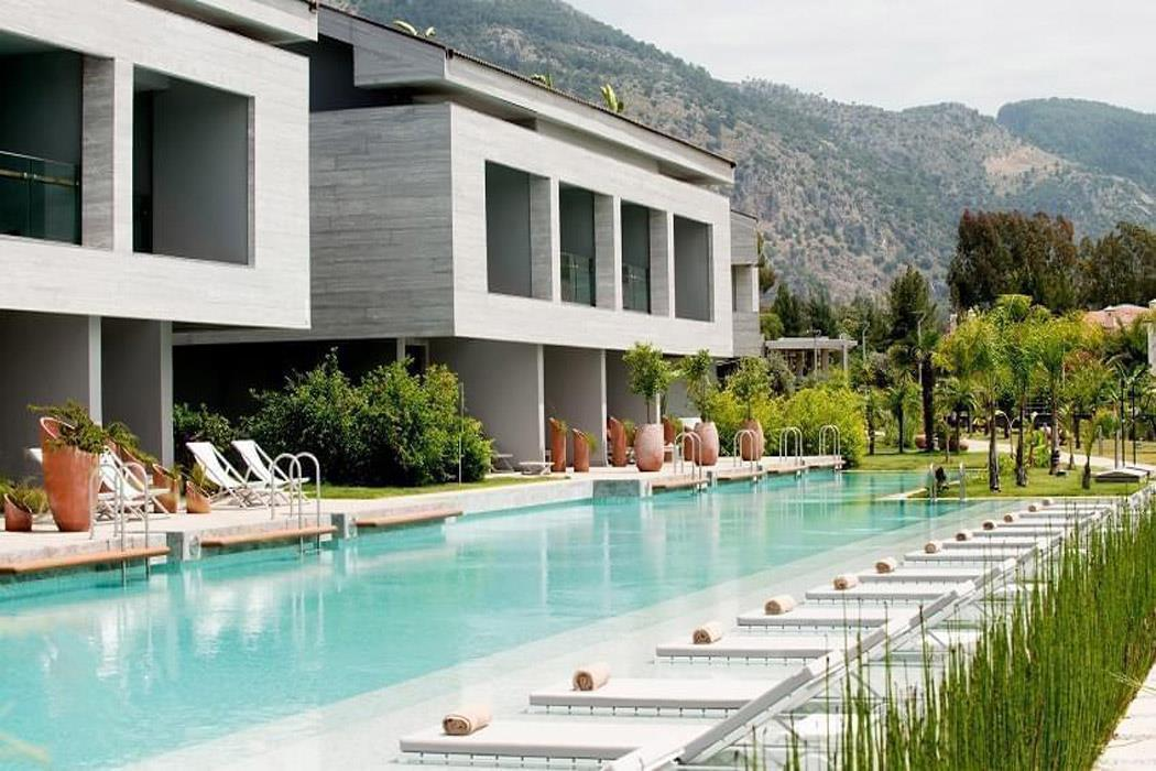 DELUXE ROOM POOL ACCESS D RESORT GOCEK