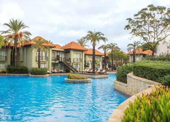 Ic Residence Lake Deluxe Villa