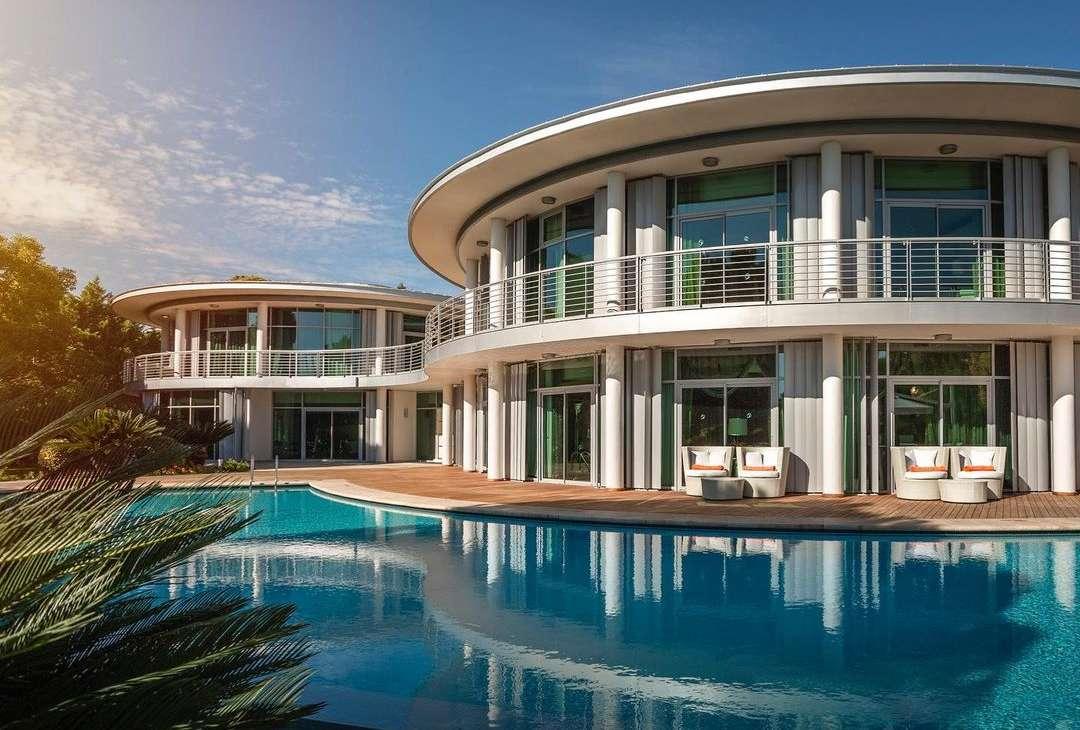 Twin Villa Calista Luxury Resort
