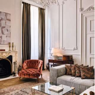 Soho House ISTANBUL✨ A charming spot to stay in the heart of the city. It's overall vibe and grandeur of it's clubhouse make this place a great destination on it's own. When you come to Istanbul, it's definitely a hotel you will prefer to stay in. 💫💫 #Sohohouseistanbul #Soho #istanbul #Besthotels #Luxury #traveltheworld